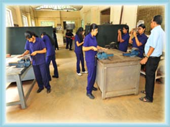 Facilities of Mechanical Engineering Department | Sarabhai Institute